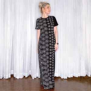 LuLaRoe Dresses - LuLaRoe Black Maxi Dress